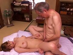 Sensuous Asian Amateur Sucks Off Her Much Older Boyfriend And Gets Slammed Hardcore