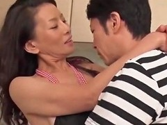 Matured Mom Taking The Virginity Of 30 Son Txxx Com