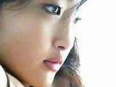 Reon Kadena Nude Photobook
